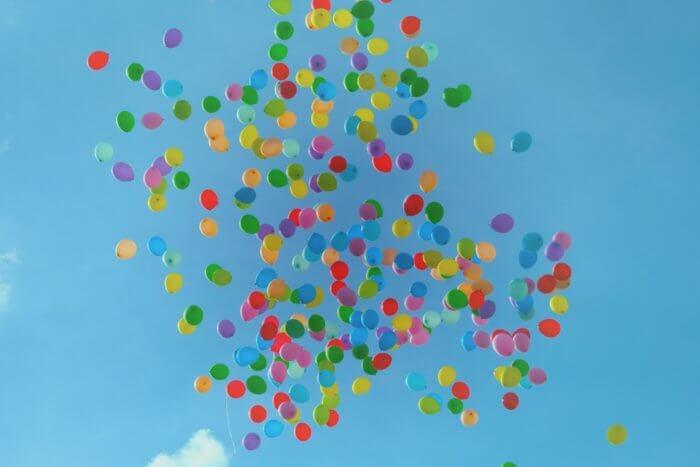 ストレスを癒す風船の画像